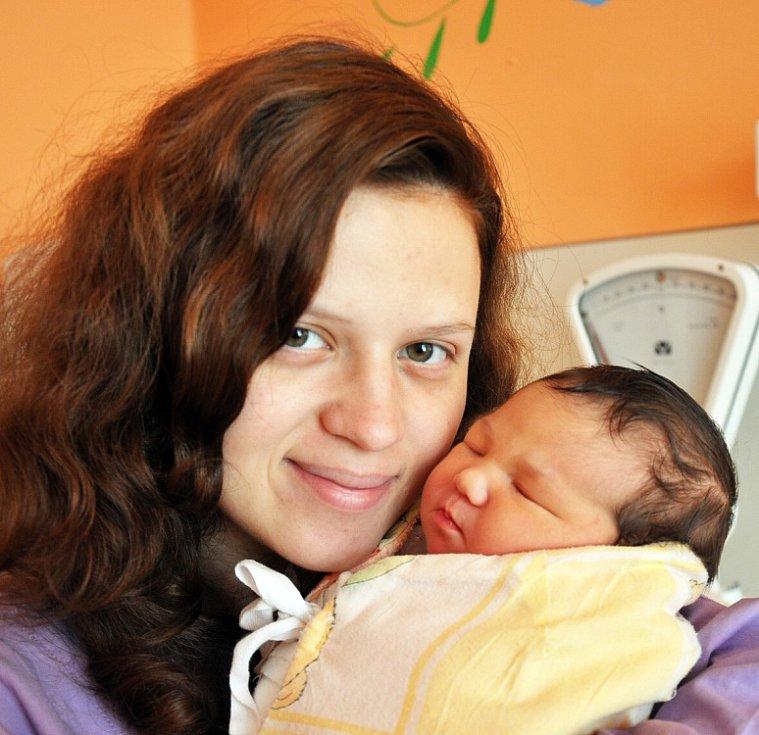 Mamince Marii Růžičkové z Krupky se 1. září v 15.53 hod. v teplické porodnici narodila dcera Natálie Růžičková. Měřila 51 cm a vážila 3,60 kg.