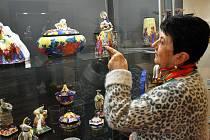 Výstava keramiky značky Graniton ze soukromé sbírky Jiřího Hořavy v Regionálním muzeu.
