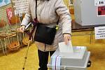 První voliči na teplickém gymnáziu