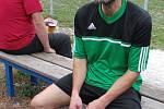 Slovan Sobědruhy nečekaně porazil lídra okresního přeboru TJ Oldřichov B. Hostující Jaroslav Sláma po zápase neskrýval únavu.
