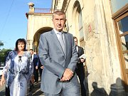 Foto z výjezdního zasedání vlády v demisi v Teplicích.