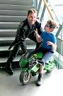 Jedním z motorkářských modelů v novém kalendáři na rok 2019 bude i Martin Borovský, vedoucí odboru péče o Paroplynový cyklus Počerady.