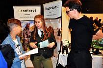Na veletrhu Šance v Teplicích získali žáci informace o studiu.