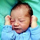David Kulhánek se narodil Simoně Kulhánkové z Duchcova 9. července  v 15.00 hod. v teplické porodnici. Měřil 52 cm a vážil 3,65 kg.