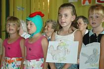 Pomerančová sbírka. Koncert dětí v bystřanském domově důchodců.