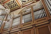 Varhany v kostele Panny Marie v Dubí.