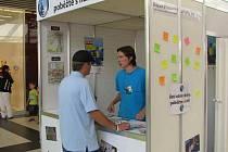 Registrační stánek v OC Forum v Ústí nad Labem