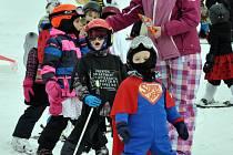 Karneval lyžařské školičky na Bouřňáku.