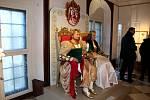 Filmovou pohádku opět připomíná výstava v zámku Moritzburg, kde se točily některé scény, v sousedním Sasku.