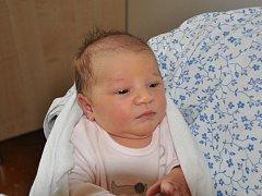 VALERIE SCHATÉNOVÁ se narodila Magdaleně Schaténové z Teplic 18. října ve 23.30 hod. v teplické porodnici. Měřila 49 cm a vážila 3,155 kg.