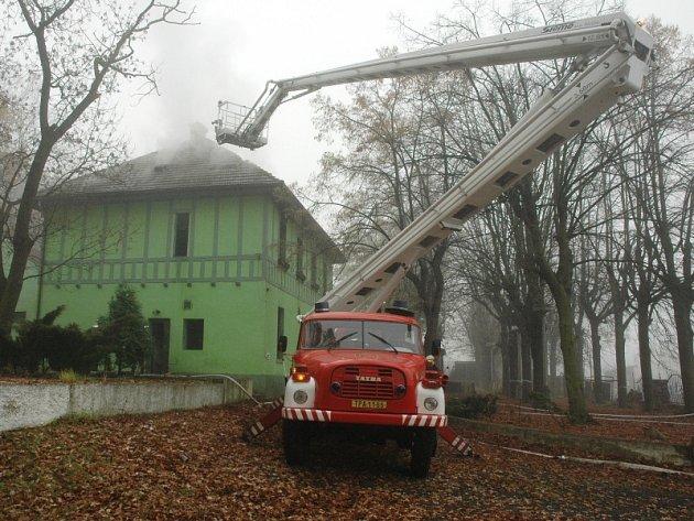 V restauraci Panorama pod Doubravkou v neděli dopoledne hořelo