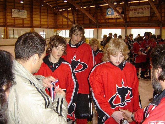 Z bílinského hokejového turnaje.