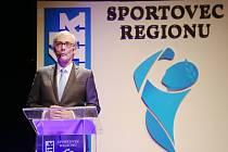 Moderátor Petr Vichnar na vyhlášení Sportovce regionu.