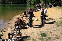 Rybářské závody ve Bžanech