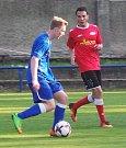 TJ Proboštov (v modrých dresech) - Junior Děčín 5:0