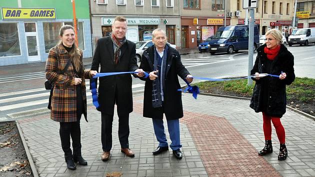 Slavnostní otevření nově upravených přechodů v Trnovanech.