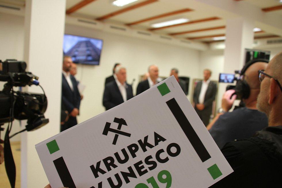 Z tiskové konference Krupka v UNESCO.