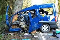 Smrtelná nehoda na silnici II/189 mezi Klenčím a Lískovou, konkrétně u obce Černá Řeka.