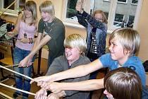 S VERVOU. Mladí gymnazisté se věnovali nácviku jednotlivých scén s velkým nasazením.