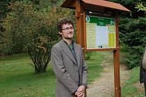 Tomáš Radovan Ridel, místopředseda spolku a také odborný arborista v domažlickém Arboretu.