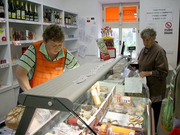 Otevření nové prodejny v Puclicích.