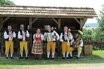 Domažlická muzika na setkání v Horní Falci.