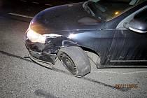 Z dopravní nehody v Masarykově ulici v Domažlicích.