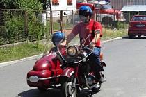 Postřekov hostil 4. sraz motocyklů Jawa a ČZ.