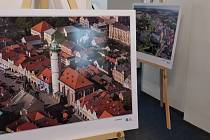 Výstava letecký fotografií putuje po Domažlicku a právě teď je k vidění ve Kdyni.