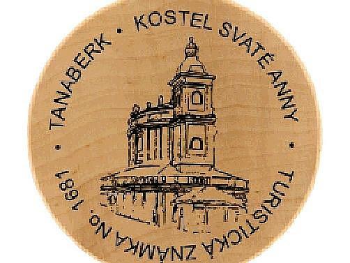 . Autorem turistické známky je Tomáš Kostínek