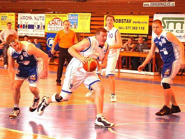 Opora basketbalové Jiskry Domažlice Josef Prettl.