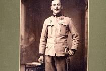 Jan Krčma z Chrastavic na válečné fotografii.