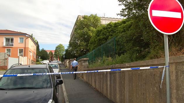 Vstup zakázán. Okresní soud v Domažlicích evakuovala policie.