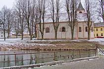 Kostel sv. Víta v Mířkově.