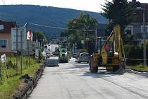 Oprava silnice a přejezdu v Klenčí.