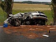 V pátek ve 14.05 hodin došlo na hlavní silnici mezii Horšovským Týnem a Borem před obcí Mířkov ke smrtelné nehodě.