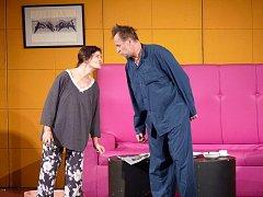 Jana Krausová a Karel Roden v pondělí večer hráli v Domažlicích hru O lásce.