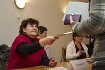 OPĚT PO TÝDNU. V Čečovicích o uplynulém víkendu volili místní zastupitelstvo a v pátek začínají i pro místní další volby- prezidentské.
