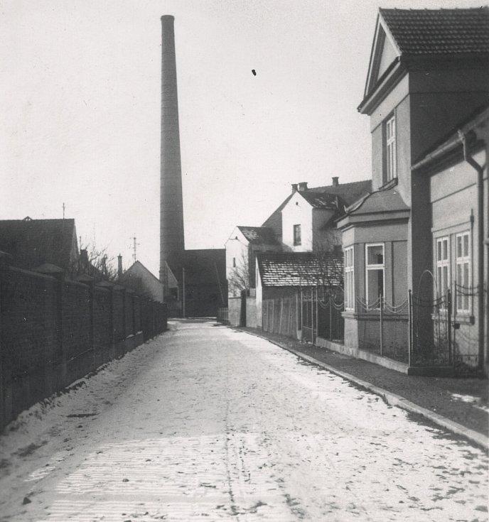 Unikátní komín v Holýšově.