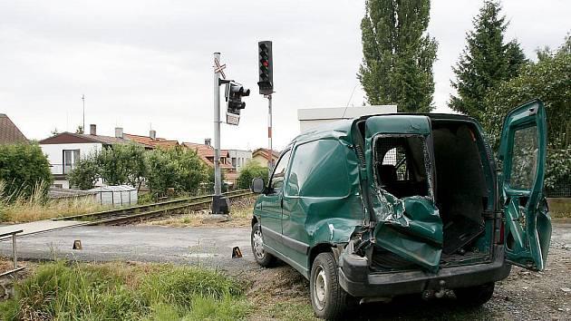 Nehoda na přejezdu v Pelnářově ulici v Domažlicích.