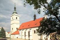 Kostel sv. Petra a Pavla v Horšovském Týně.