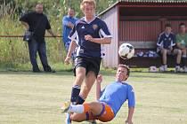 Bombarďák Svoboda v utkání Jiskry Domažlice s FC Dynamo Horšovský Týn.