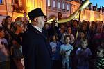 Každý páteční a sobotní večer přes celé prázdniny bude centrem Domažlic chodit ponocný.