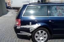 Při nehodě se srazily tři vozidla a došlo k lehkému zranění dvou osob.