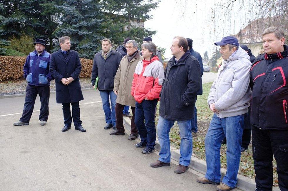 Slavnostní otevření průtahu obcí Hlohová.
