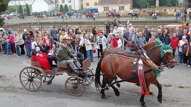 Svatováclavská jízda 2011. Zahájení v Zahořanech.