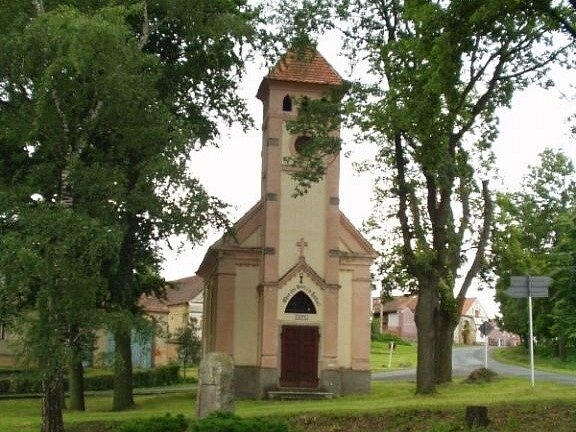 Kaple v Jivjanech.
