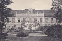 Historický pohled na zámek.