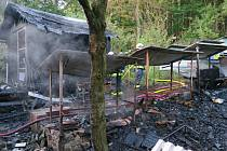 Všerubští hasiči vyjeli k požáru několika včelích úlů