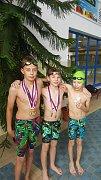PLAVCI JISKRY DOMAŽLICE zleva medailisté Martin Fait, Jan Husník a Adam Rada.